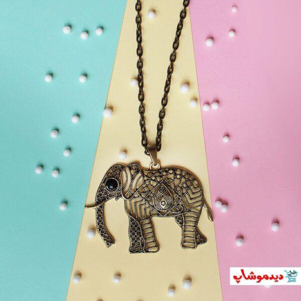 گردنبند فيل خاص پس زمينه رنگي